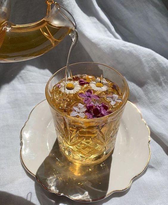 จิบชาสักนิด ดื่มน้ำสักหน่อย เพื่อความสดชื่นในวัน Spa day